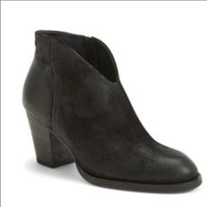 Paul Green 8.5 US/6 UK Delgado Bootie Black Suede